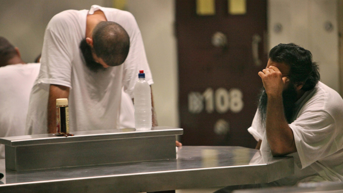 Judge urges halt to 'humiliating' Gitmo genital searches