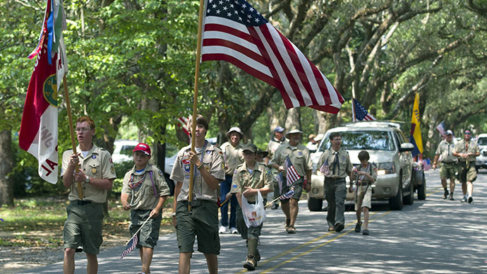Boy Scouts shun obese members as controversy continues