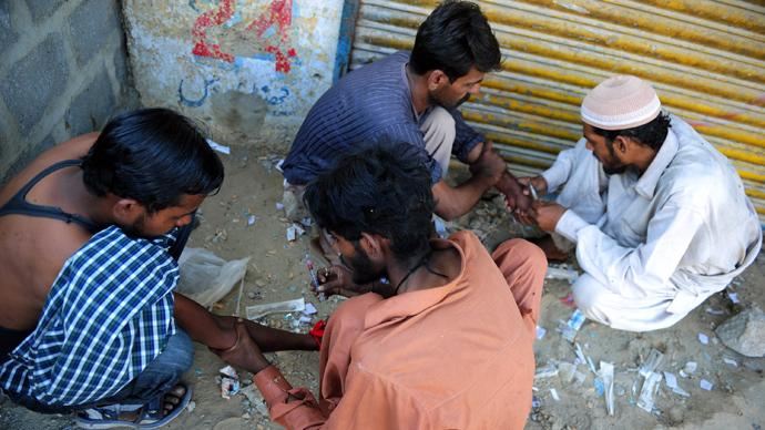 Prison break: Taliban gunmen free 300 inmates from Pakistan jail