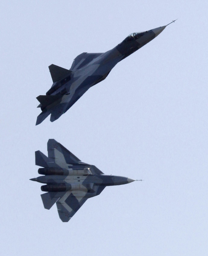 Sukhoi T-50 jets (Reuters/Sergei Karpukhin)