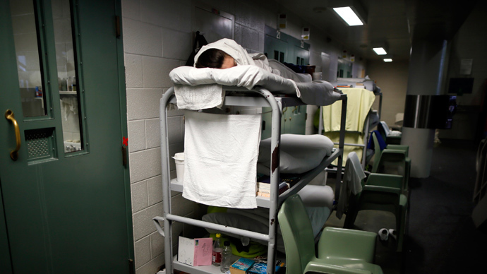 Inmates claim prison guards are retaliating against hunger-strikers in California