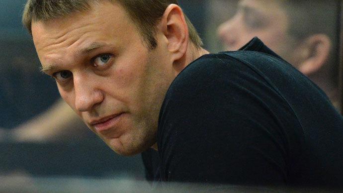 Center-left seeks to broaden amnesty bill to cover Navalny case