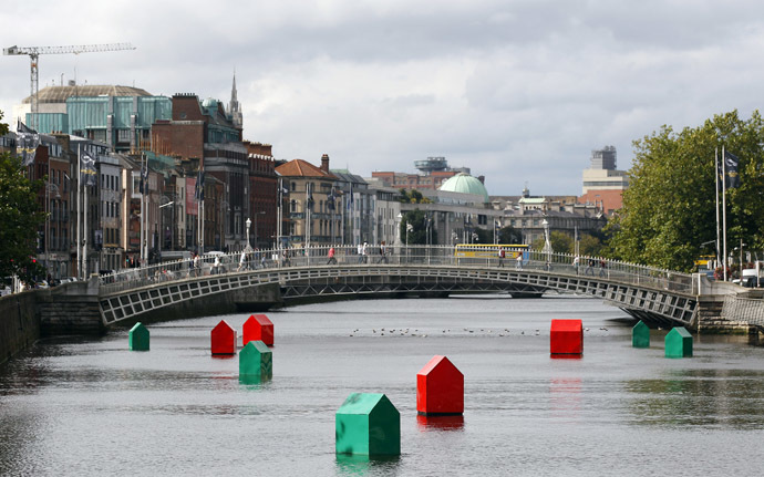 The Liffey River in Dublin, and in the background, the booming financial district home to multinational tech companies. (Reuters/Cathal McNaughton)