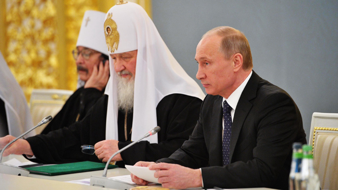 Putin urges international community to resist repressions against Christians