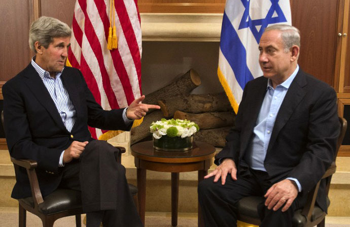US Secretary of State John Kerry meets with Israeli Prime Minister Benjamin Netanyahu in Jerusalem, on June 27, 2013. (AFP Photo / Jacquelyn Martin)