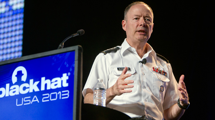 NSA director booed during 'unconvincing' hacker conference speech