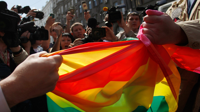 Russian 'anti-gay propaganda law' won't be enforced at Sochi 2014 Olympics