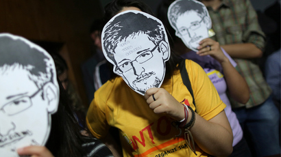 Obama cancels Moscow meeting with Putin over Snowden
