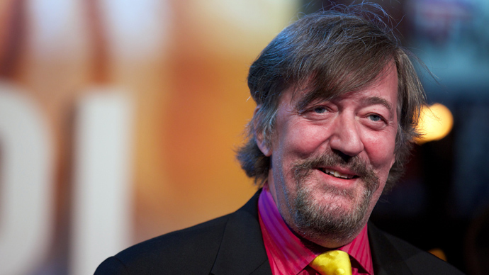 Stephen Fry calls for Sochi Olympics ban over gay rights, Russia insists rights not violated