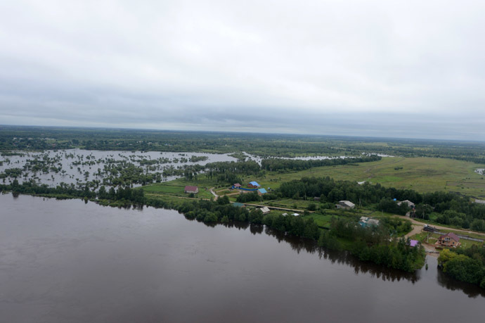 Areas flooded due to the overflowing of the Zeya River in the Mazanovo district, Amur Region. (RIA Novosti/Mikhail Voskresenskiy)