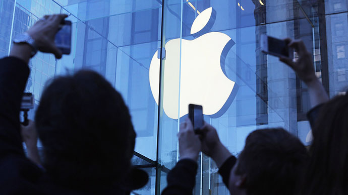 "Apple loses $24 bn, as a mix of budget and ""gold standard"" iPhones fail to impress"