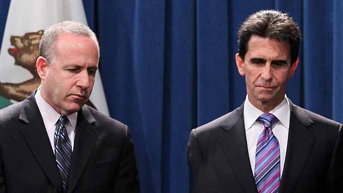 California state senate President pro Tempore Darrell Steinberg (L) and State senator Mark Leno (R) (AFP Photo / Justin Sullivan)