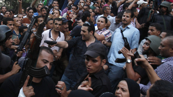 Washington divided: Obama under pressure to cut Egyptian military aid