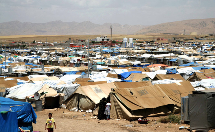 A general view of the Domiz refugee camp, 20 km southeast of the northern Iraqi city of Dohuk, which houses Syrian-Kurd refugees (AFP Photo/Safin Hamed)