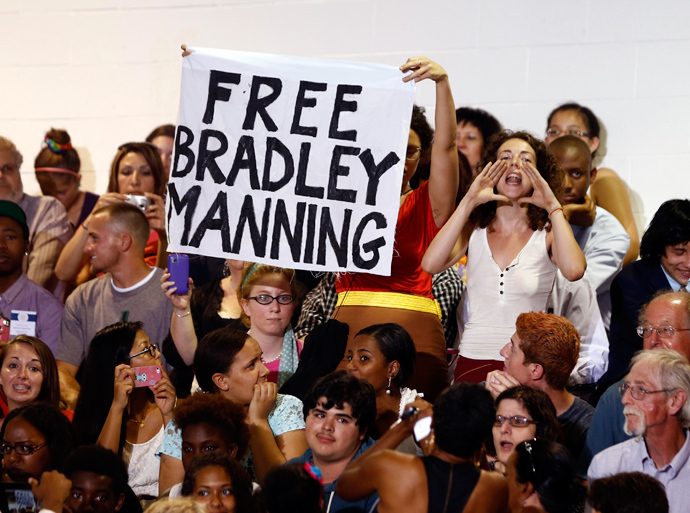 A protester shouts for the release of Bradley Manning, the U.S. soldier convicted of the biggest breach of classified data in the nation's history, interrupting a speech by U.S. President Barack Obama on affordable education at Henninger High School in Syracuse, New York, August 22, 2013 (Reuters / Jason Reed)
