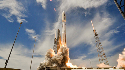 US launches spy satellite, seeks alternative to Russian rocket engine