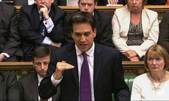 Leader of the of opposition Labour Party Ed Miliband speaking in the House of Commons during the parliamentary debate about a response to the situation in Syria in central London on August 29, 2013. (AFP Photo / PRU)