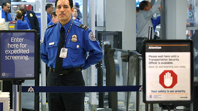TSA air marshal caught taking photos under skirts
