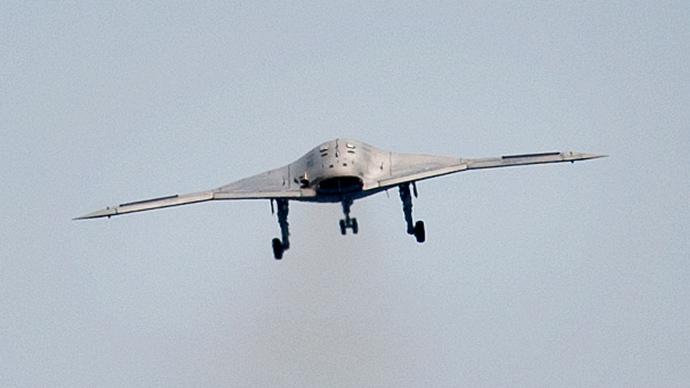 An X-47B pilot-less drone combat aircraft (Reuters / Rich-Joseph Facun)