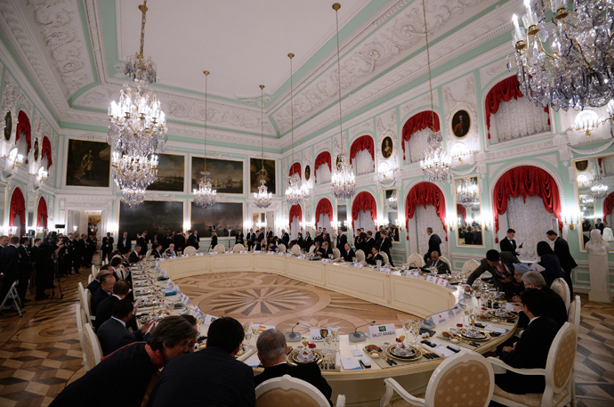 G20 leaders attend the working dinner after their session of the G20 Summit in Peterhof, near St. Petersburg, September 5, 2013 (RIA Novosti / Ramil Sitdikov)
