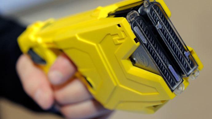 Taser International's X2 two-shot Taser.(AFP Photo / Ethan Miller)