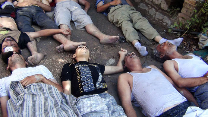 A view shows bodies of people activists say were killed by nerve gas in Damascus' suburbs of Zamalka August 21, 2013.(Reuters / Hadi Almonajed)