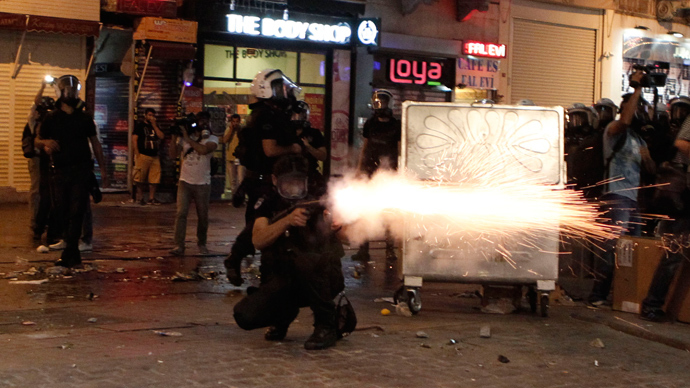 Amnesty calls to suspend tear gas shipments as protests return to Turkey
