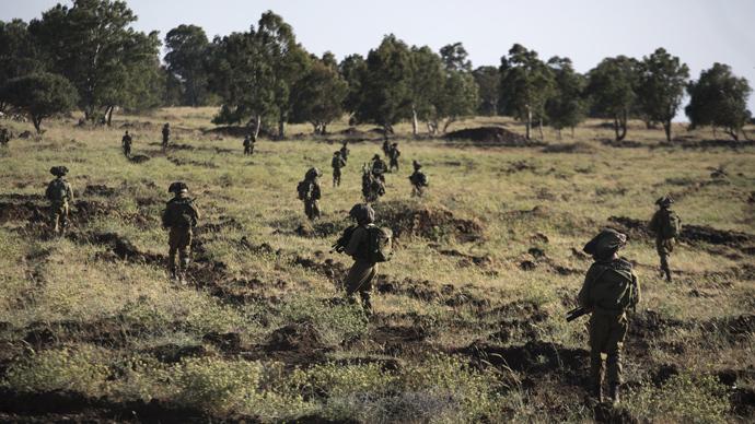 Israeli soldiers (AFP Photo / Menahem Kahana)