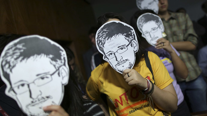 EU lawmakers nominate Snowden for Sakharov human rights prize