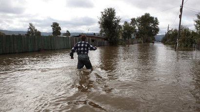 Four confirmed dead, hundreds unaccounted for in Colorado floods