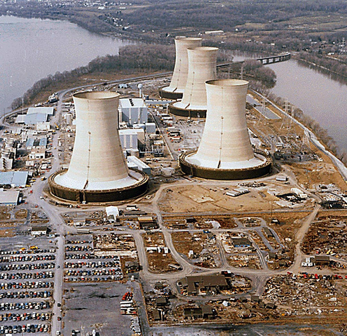 This file photo taken 11 April 1979 shows a view of the Three Mile Island Nuclear Power Plant near Harrisburg, Pennsylvania. (AFP Photo)