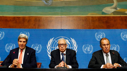 U.S. Secretary of State John Kerry (L), U.N. Special Representative Lakhdar Brahimi (C) and Russian Foreign Minister Sergei Lavrov  (Reuters / Larry Downing)
