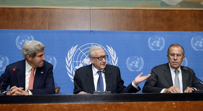 United Nations-Arab League special envoy for Syria Lakhdar Brahimi (C) speaks on September 13, 2013 during a press conference with US Secretary of State John Kerry (L) and Russian Foreign minister Sergey Lavrov, after their high-stakes talks on Syria's chemical weapons at the UN headquarters in Geneva. (AFP Photo / Philippe Desmazes)
