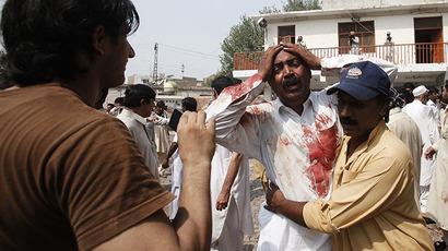 Bomb kills at least 42 in Pakistan's Peshawar