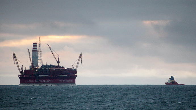 The Prirazlomnaya oil rig in the Barents Sea (archive photo of 24.08.2012). The frontier guard of Federal Security Service have detained Greenpeace activists near Gazprom's oil rig. The Russian border guards escort the Arctic Sunrise ship to a port in Murmansk.(RIA Novosti / Igor Podgornyi)