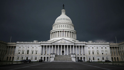 US govt shuts down for 1st time in 17 years as budget talks fail