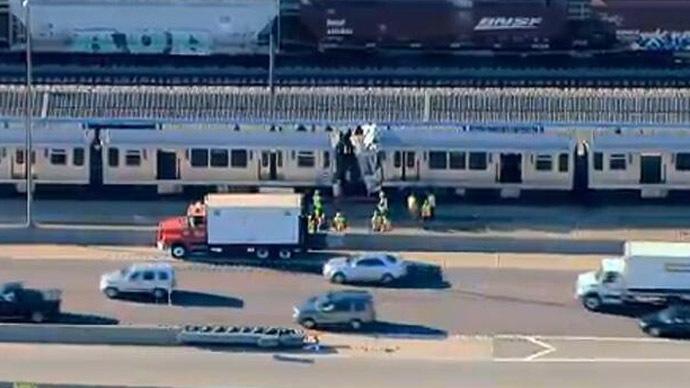 Dozens injured in Chicago metro train crash
