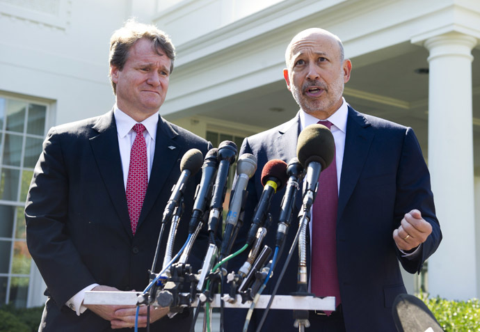 Lloyd Blankfein (R), Chairman and CEO of Goldman Sachs, and Brian Moynihan (L), CEO of Bank of America, speak to the media after attending a meeting of the Financial Services Forum with US President Barack Obama at the White House in Washington, DC, October 2, 2013, on the second day of the government shutdown. (AFP Photo/Saul Loeb)