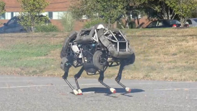 Four-legged, DARPA-funded, running war robot unveiled (VIDEO)
