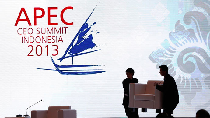 Obama's absence at APEC summit regretted by Singapore PM