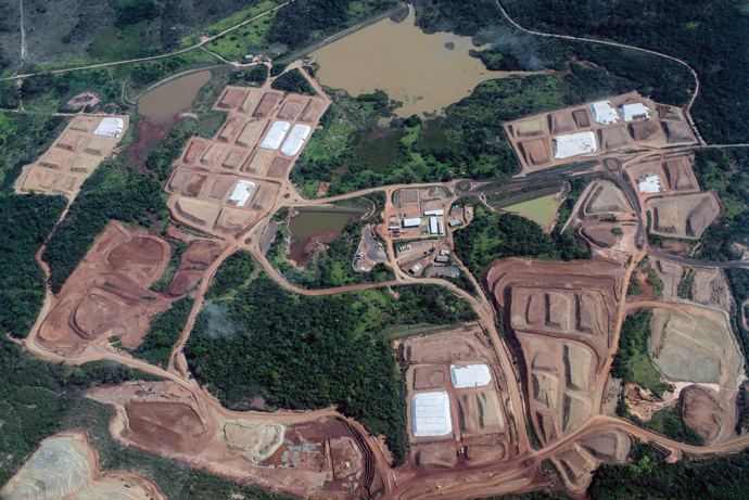 Aerial view of the mining site of Vale, the biggest Brazilian mining company, in Para state, Brazil (AFP Photo / Yasuyoshi Chiba)