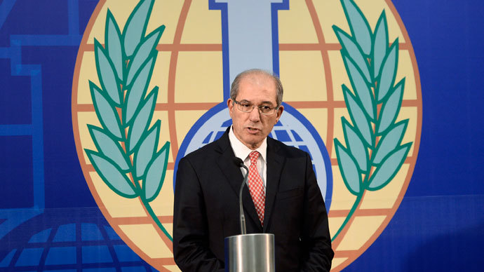Organisation for the Prohibition of Chemical Weapons (OPCW) Director General Ahmet Uzumcu speaks during a news conference in The Hague, October 9, 2013.(Reuters / Toussaint Kluiters)