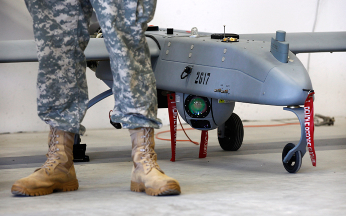 A 'Hunter' Unmanned Aerial System is displayed during an official presentation by the German and U.S. Unmanned Aerial Systems (UAS) at the U.S. military base in Vilseck-Grafenwoehr October 8, 2013.(Reuters / Michaela Rehle)