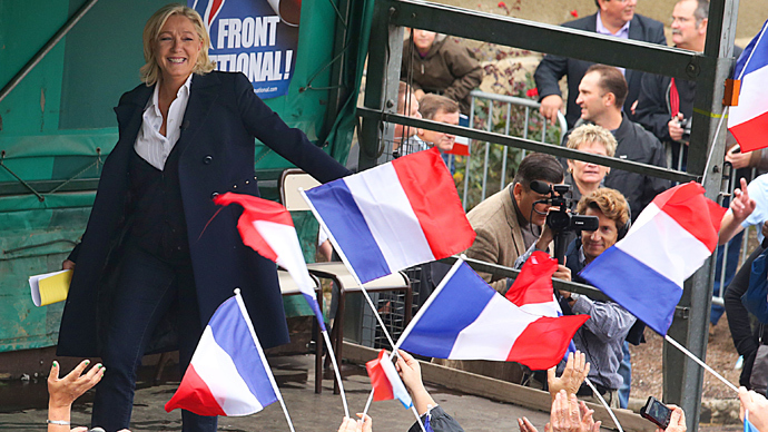 France's far-right National Front tops pre-election poll as EU swings right