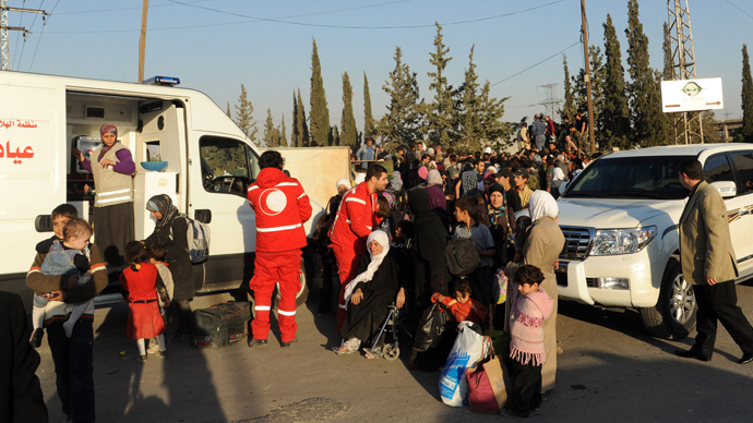 1,500 evacuated from Damascus suburbs as major opposition group rejects Geneva-2