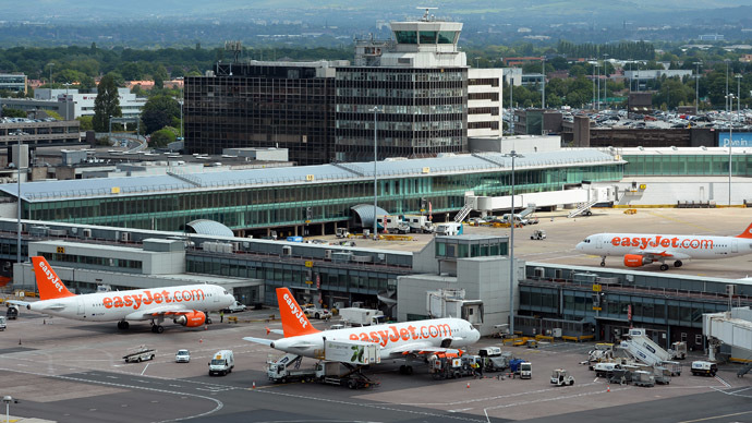 Easyjet aircrafts are seen in Manchester Airport, northwest England (AFP Photo/Paul Ellis)
