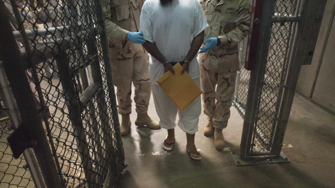 Guantanamo guards accused of stealing inmates' private legal documents