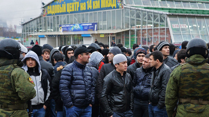 Russia considers work visa ban for ex-cons
