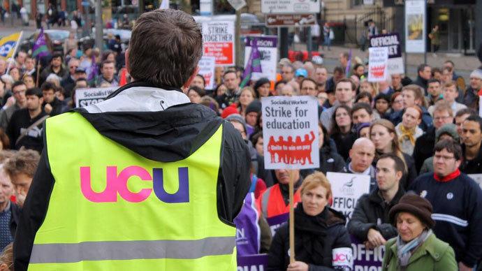 UK graduates mired in low-level jobs