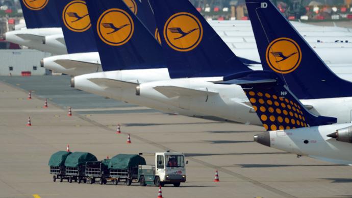 Lufthansa pulls plug on name change contest after Swedish deluge of volunteers